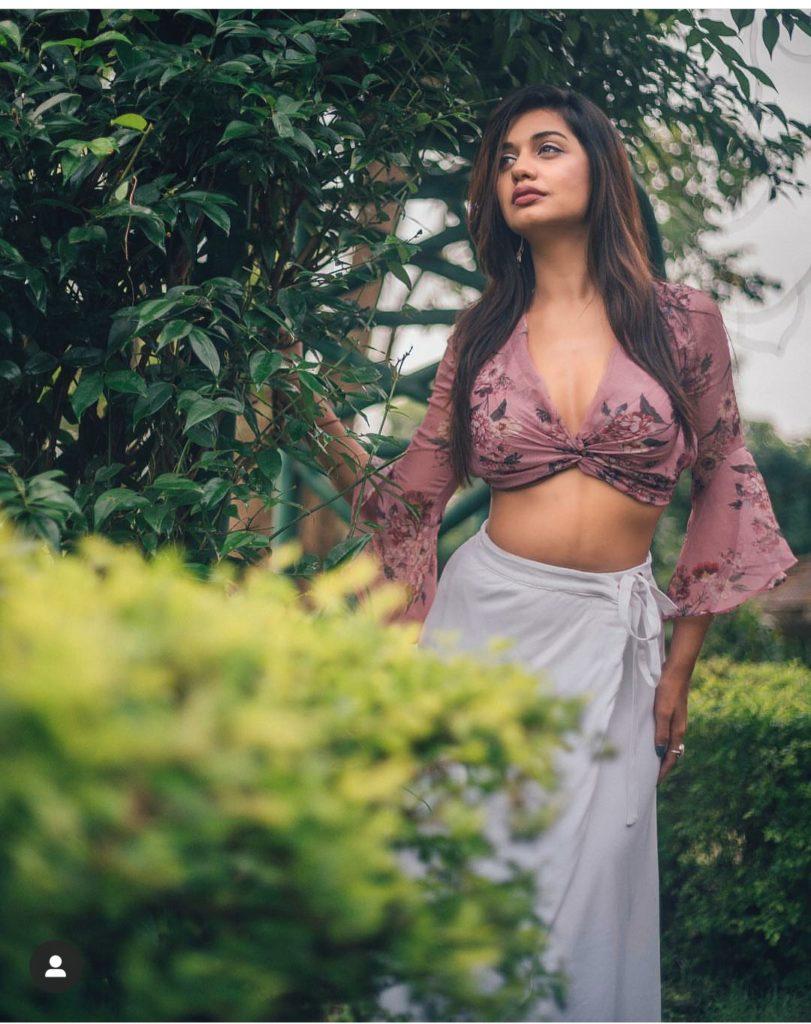 Divya Agarwal Instagram