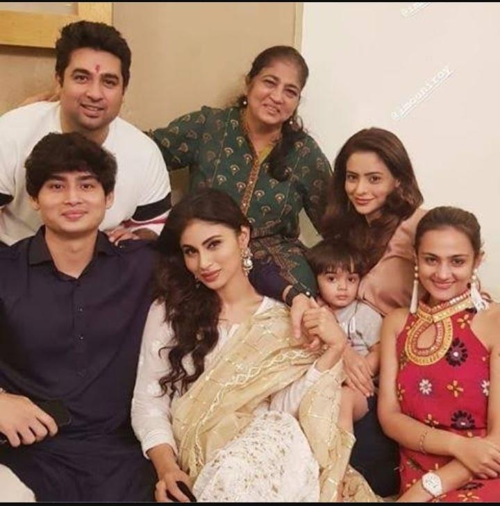 Mouni Roy family