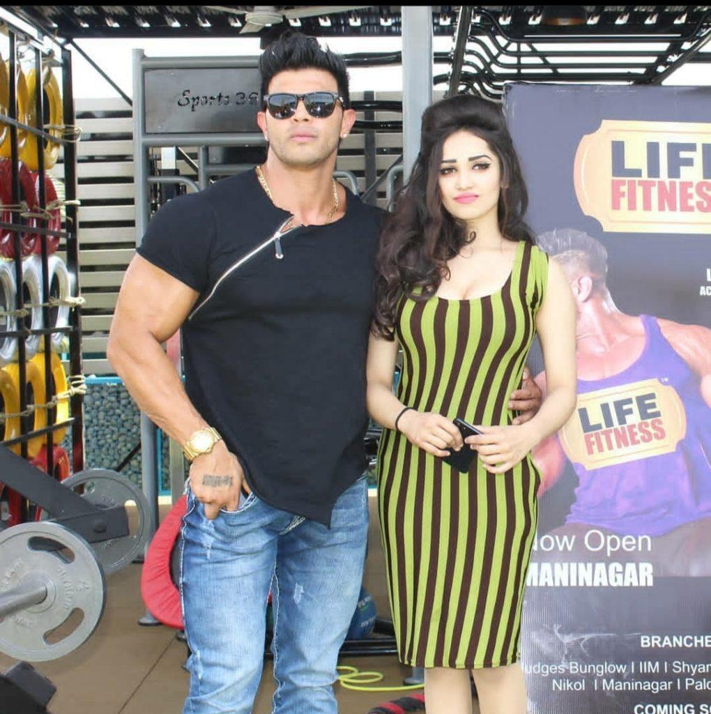 Aditi mistry with sahil khan