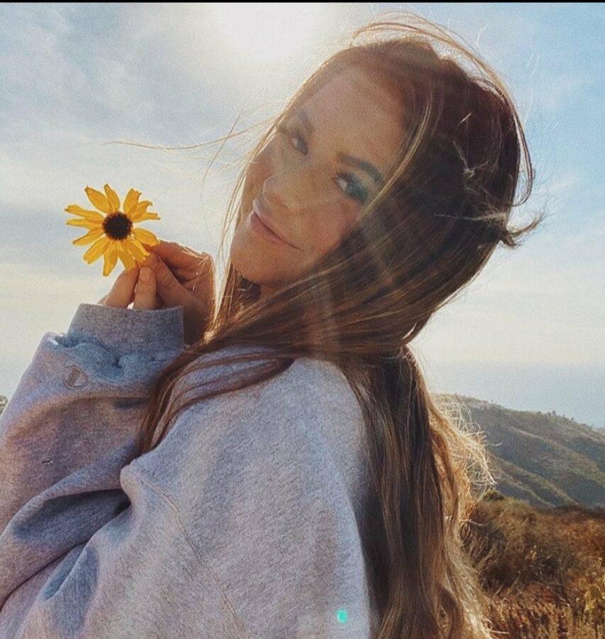 Model  Emily Elizabeth Biography, Age, Wiki, Bio, Info, Details, Birthday