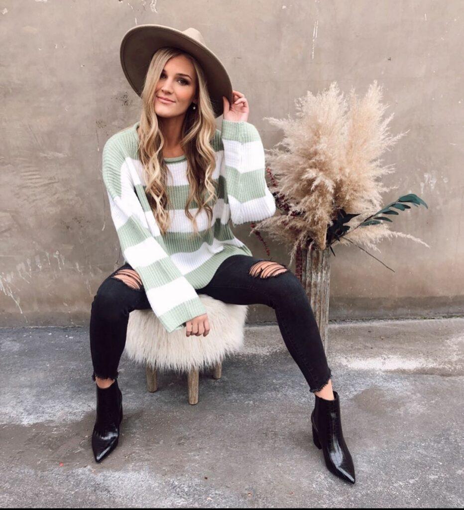 Allie Dunn Model Biography